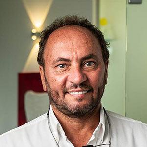 Dr. Gressmann